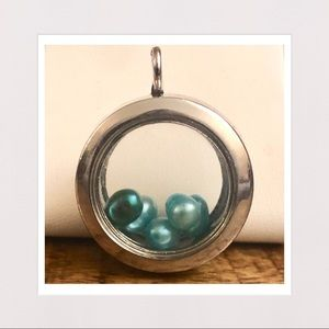 Jewelry - 3-D Glass Locket Pendant w/ Color Pearls in Silver